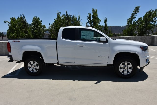 2018 Colorado Extended Cab 4x4,  Pickup #M18497 - photo 9