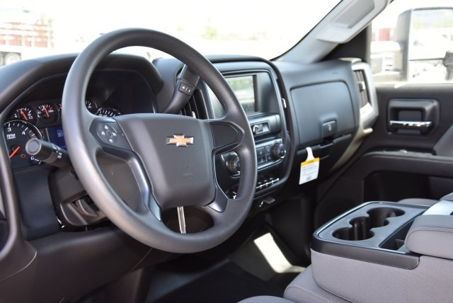 2018 Silverado 2500 Double Cab 4x2,  Harbor Utility #M18507 - photo 20