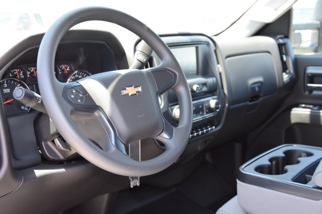 2018 Silverado 2500 Double Cab 4x2,  Harbor Utility #M18543 - photo 20