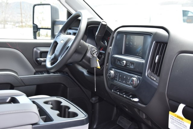 2018 Silverado 3500 Crew Cab 4x2,  Pickup #M18559 - photo 10