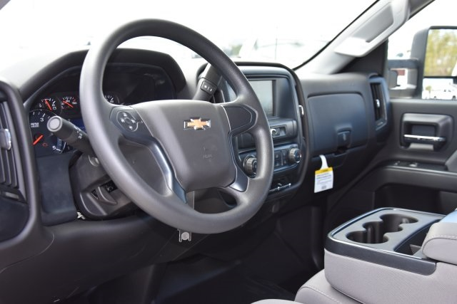 2018 Silverado 3500 Crew Cab 4x2,  Pickup #M18559 - photo 15