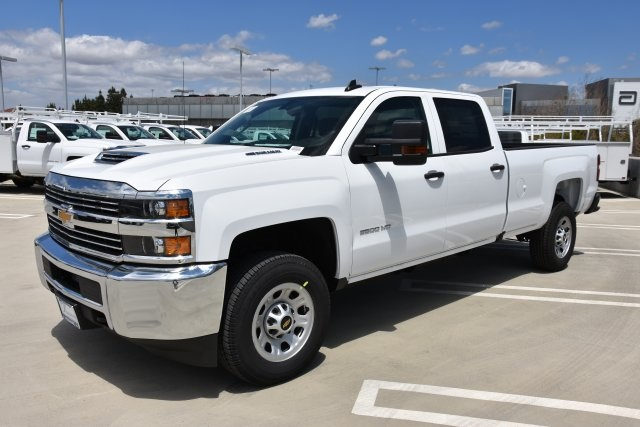 2018 Silverado 3500 Crew Cab 4x2,  Pickup #M18559 - photo 5