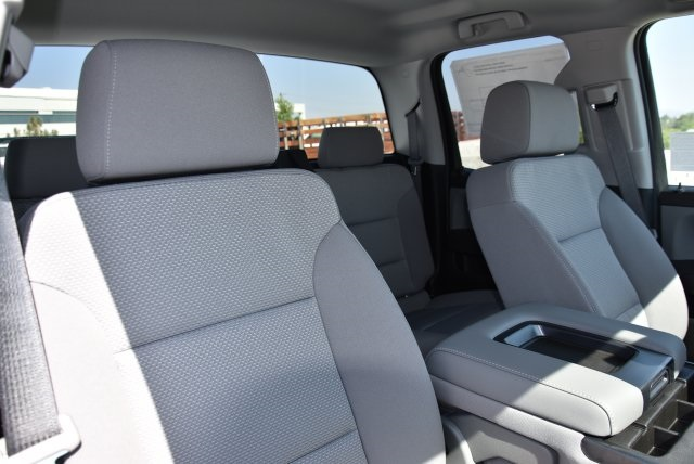 2018 Silverado 1500 Double Cab 4x2,  Pickup #M18607 - photo 12