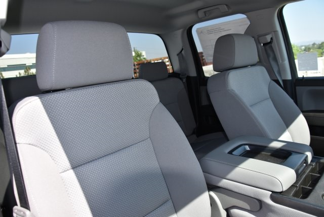 2018 Silverado 1500 Double Cab 4x2,  Pickup #M18617 - photo 12