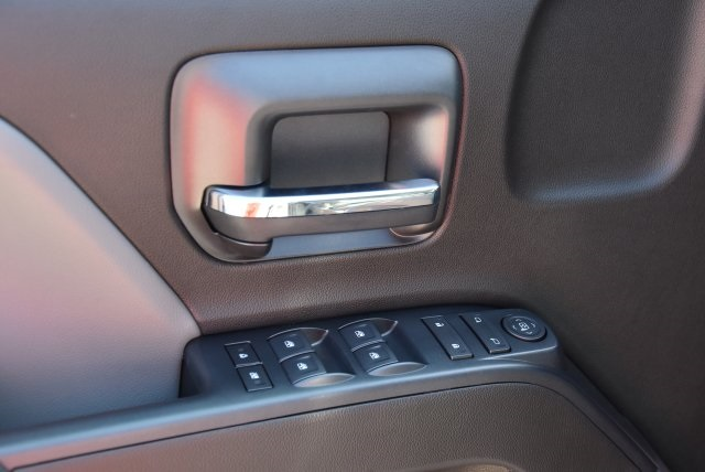 2018 Silverado 1500 Double Cab 4x2,  Pickup #M18617 - photo 16