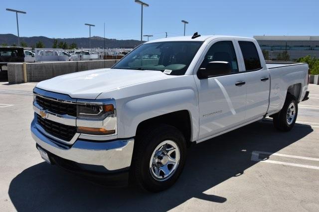 2018 Silverado 1500 Double Cab 4x2,  Pickup #M18622 - photo 5