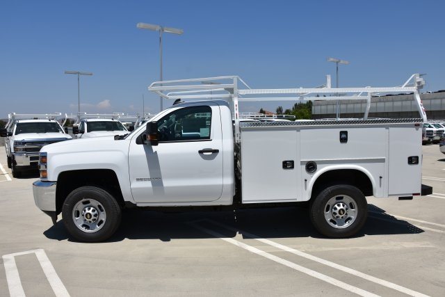 2018 Silverado 2500 Regular Cab 4x2,  Cab Chassis #M18672 - photo 5