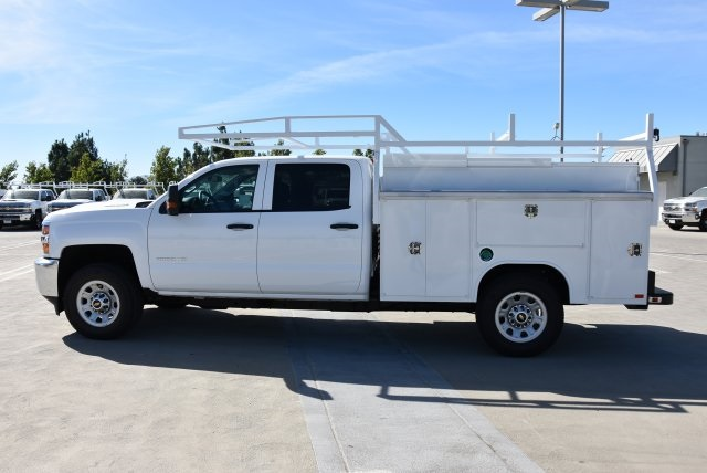 2018 Silverado 3500 Crew Cab 4x2,  Harbor TradeMaster Utility #M18773 - photo 4