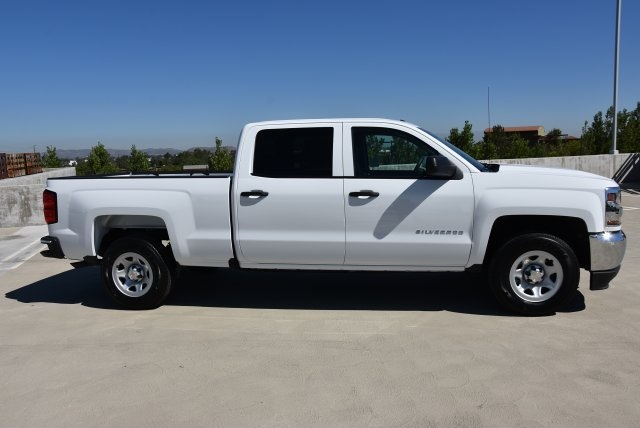 2018 Silverado 1500 Crew Cab 4x2,  Pickup #M18778 - photo 9
