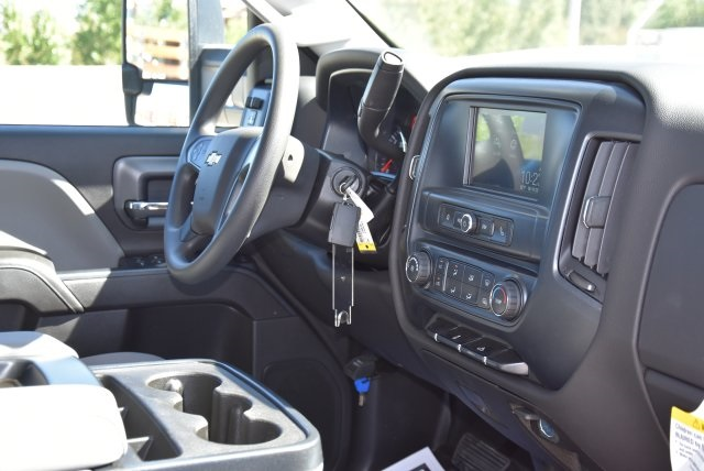2018 Silverado 2500 Crew Cab 4x2,  Harbor TradeMaster Utility #M18786 - photo 15