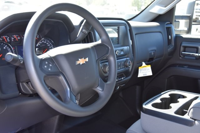 2018 Silverado 2500 Crew Cab 4x2,  Harbor TradeMaster Utility #M18786 - photo 20