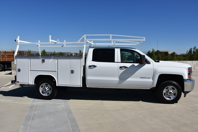 2018 Silverado 2500 Crew Cab 4x2,  Harbor Utility #M18786 - photo 9
