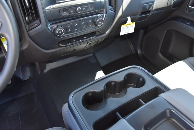 2019 Silverado 3500 Crew Cab DRW 4x2,  Harbor Contractor Body #M19009 - photo 24