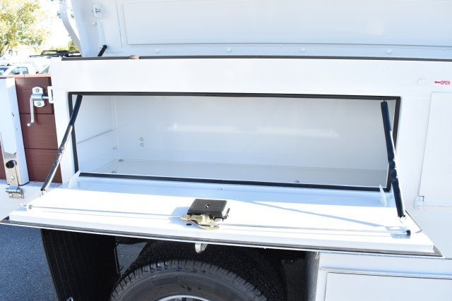 2019 Silverado 3500 Regular Cab DRW 4x2,  Royal Contractor Body #M19524 - photo 12