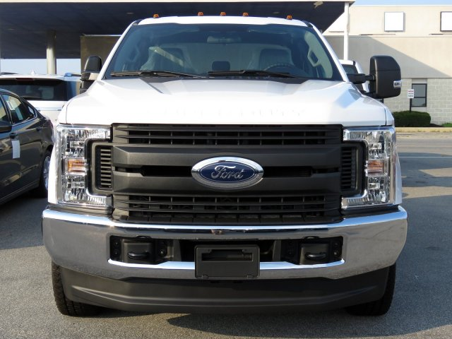 2019 F-350 Super Cab DRW 4x4,  Cab Chassis #KEC15320 - photo 4