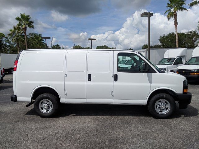 2018 Express 2500 4x2,  Empty Cargo Van #J1342003 - photo 6
