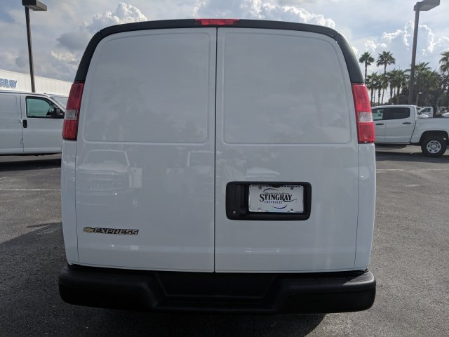 2018 Express 2500 4x2,  Empty Cargo Van #J1344481 - photo 7