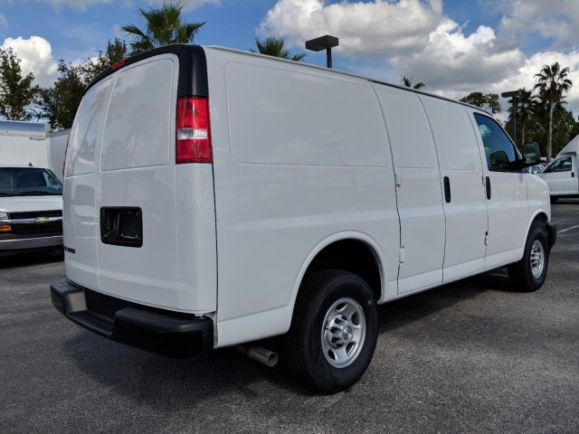 2018 Express 2500 4x2,  Empty Cargo Van #J1345678 - photo 7