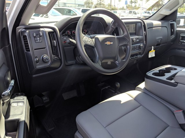 2018 Silverado 3500 Regular Cab DRW 4x4,  Platform Body #JF214199 - photo 18