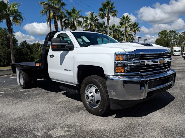 2018 Silverado 3500 Regular Cab DRW 4x4,  Platform Body #JF214199 - photo 5