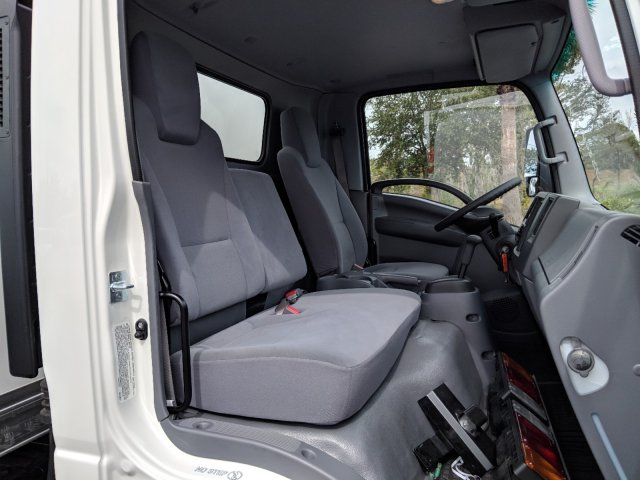 2018 LCF 4500 Regular Cab,  Supreme Dry Freight #JS804444 - photo 13