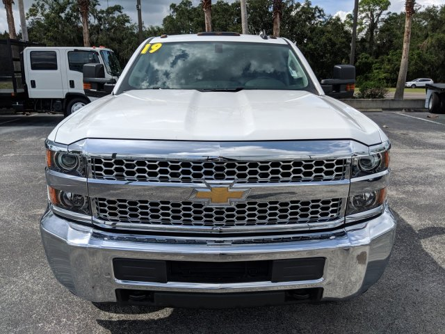 2019 Silverado 3500 Crew Cab DRW 4x4,  Platform Body #KF111048 - photo 8