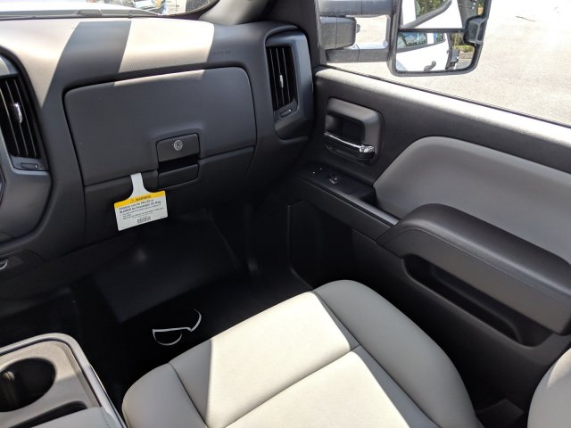 2019 Silverado 3500 Crew Cab DRW 4x2,  Platform Body #KF116313 - photo 16