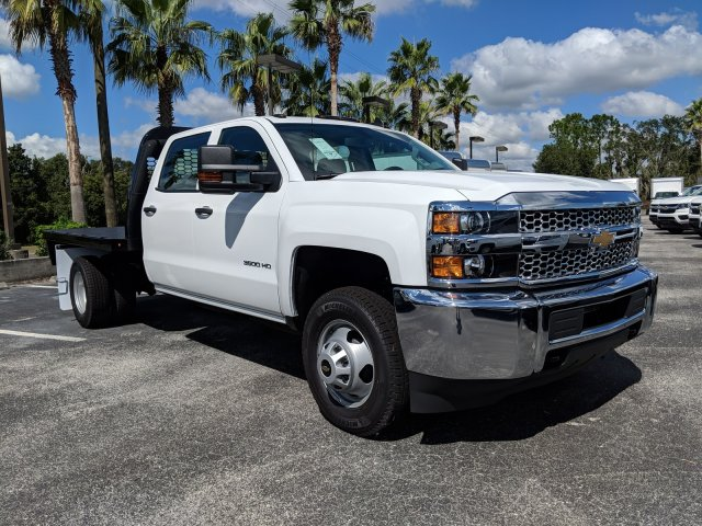 2019 Silverado 3500 Crew Cab DRW 4x2,  Platform Body #KF116313 - photo 4