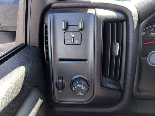 2019 Silverado 3500 Crew Cab DRW 4x2,  Platform Body #KF116642 - photo 23