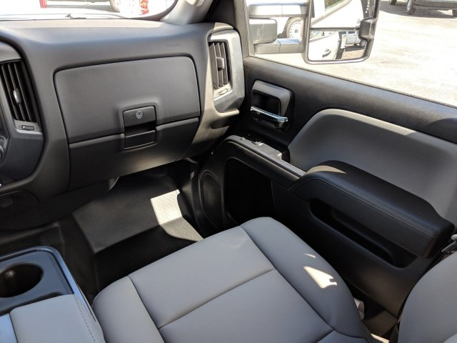 2019 Silverado 3500 Crew Cab DRW 4x2,  Platform Body #KF117668 - photo 16