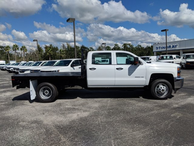 2019 Silverado 3500 Crew Cab DRW 4x2,  Platform Body #KF117668 - photo 5