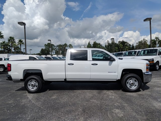 2019 Silverado 2500 Crew Cab 4x2,  Pickup #KF133790 - photo 3