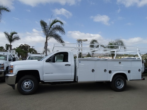 2017 Silverado 3500 Regular Cab DRW 4x2,  Royal Service Body #172239 - photo 3