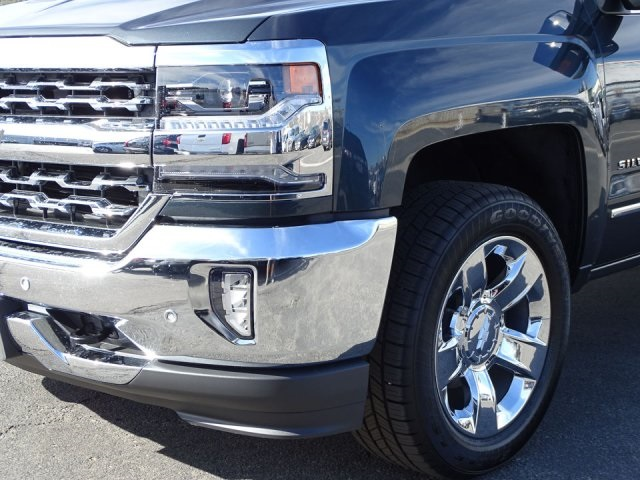 2018 Silverado 1500 Crew Cab 4x4, Pickup #180762 - photo 7