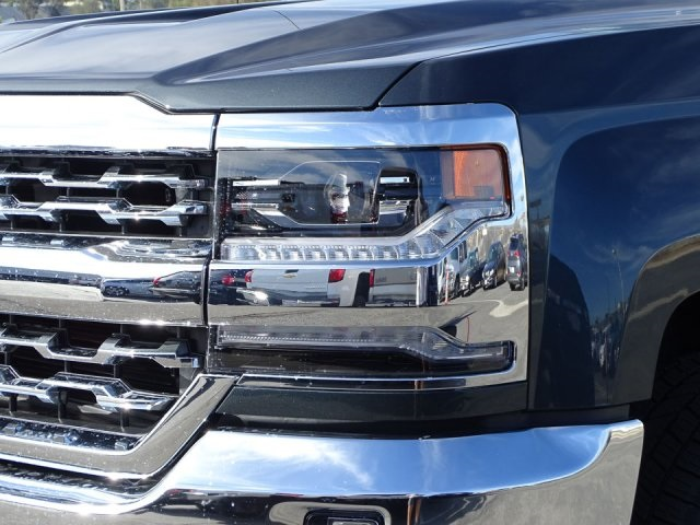 2018 Silverado 1500 Crew Cab 4x4, Pickup #180762 - photo 8