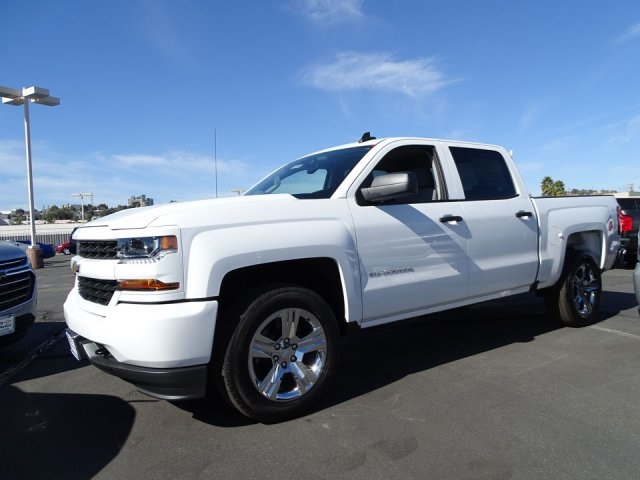 2018 Silverado 1500 Crew Cab, Pickup #180784 - photo 3