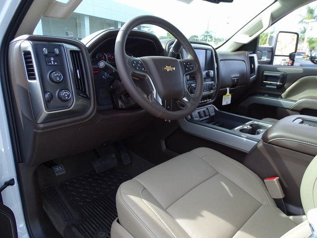 2018 Silverado 2500 Crew Cab 4x4, Pickup #180928 - photo 13