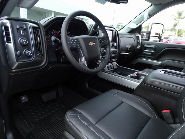 2018 Silverado 3500 Crew Cab 4x4, Pickup #181119 - photo 12