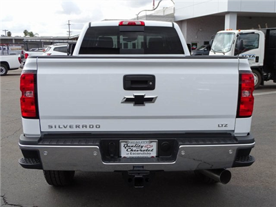 2018 Silverado 3500 Crew Cab 4x4, Pickup #181119 - photo 4