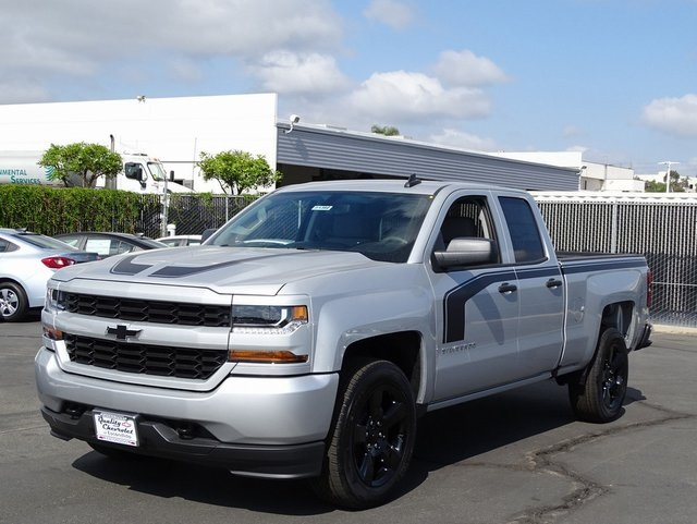 2018 Silverado 1500 Double Cab 4x2,  Pickup #181382 - photo 3