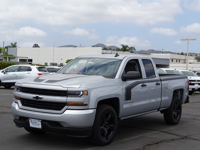 2018 Silverado 1500 Double Cab 4x2,  Pickup #181409 - photo 3