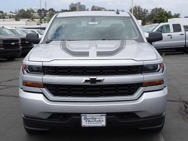 2018 Silverado 1500 Double Cab 4x2,  Pickup #181409 - photo 4