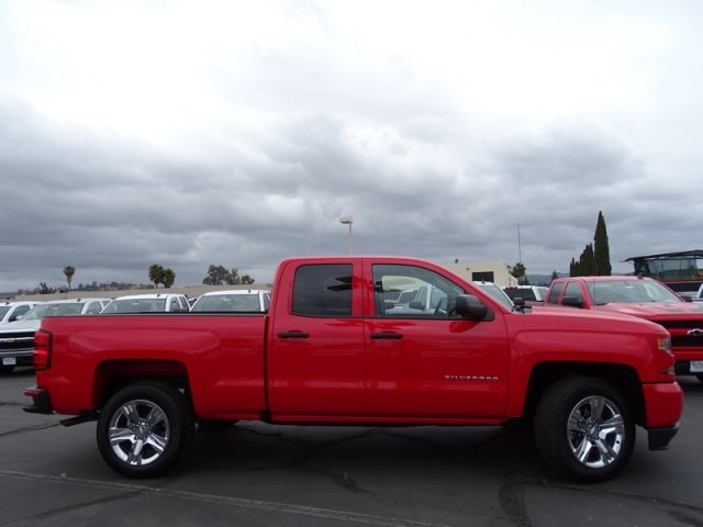 2018 Silverado 1500 Double Cab 4x2,  Pickup #181439 - photo 6