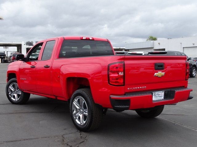 2018 Silverado 1500 Double Cab 4x2,  Pickup #181439 - photo 8