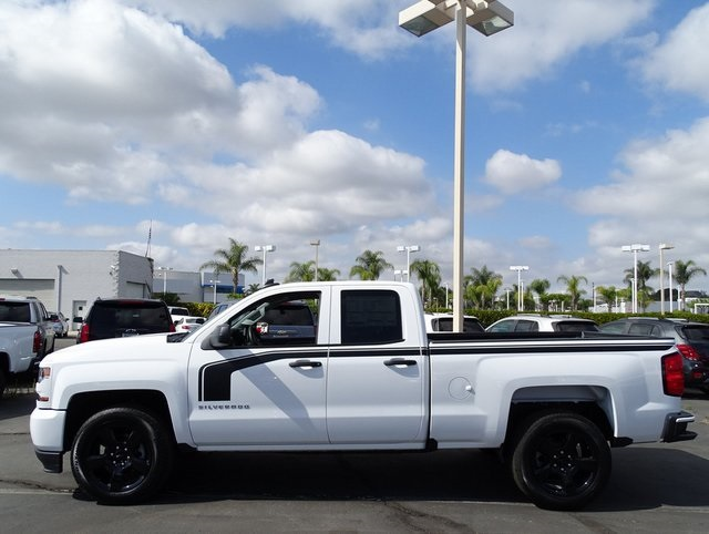 2018 Silverado 1500 Double Cab 4x2,  Pickup #181447 - photo 5