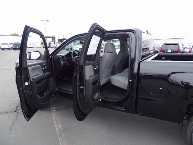 2018 Silverado 1500 Double Cab 4x2,  Pickup #181485 - photo 28