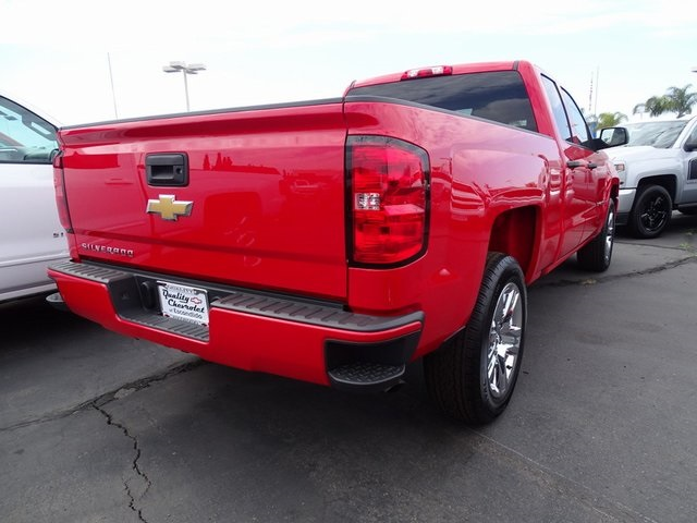 2018 Silverado 1500 Double Cab 4x2,  Pickup #181522 - photo 4