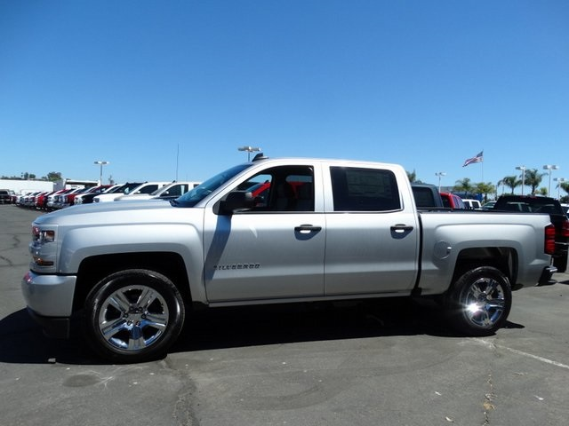 2018 Silverado 1500 Crew Cab 4x2,  Pickup #181614 - photo 3