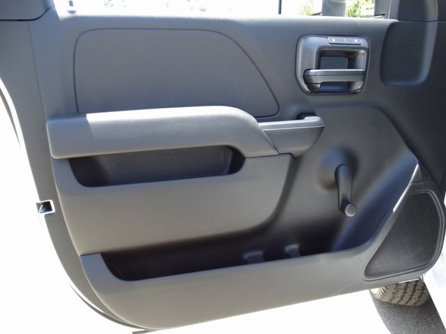 2018 Silverado 2500 Regular Cab 4x2,  Pickup #181642 - photo 21