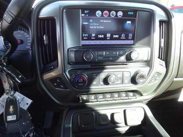 2018 Silverado 3500 Crew Cab 4x4,  Pickup #181723 - photo 13